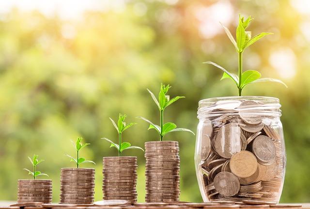 ソーシャルレンディング各社を、累積投融資で比較しましょう。