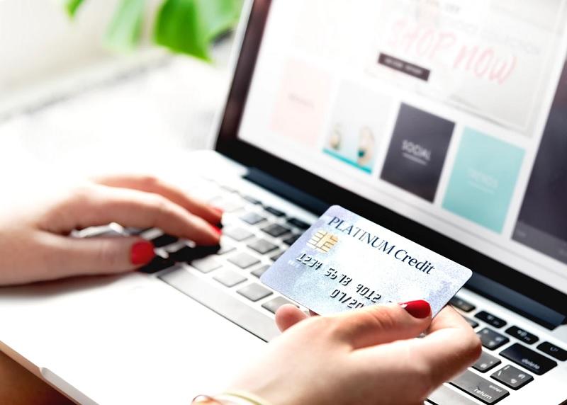 クレジットカードでファンド購入できるソーシャルレンディングサービスも現状無し